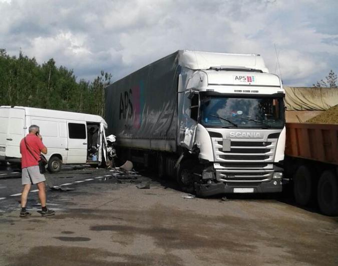 Во Владимирской области произошло массовое ДТП: кировчанка в реанимации