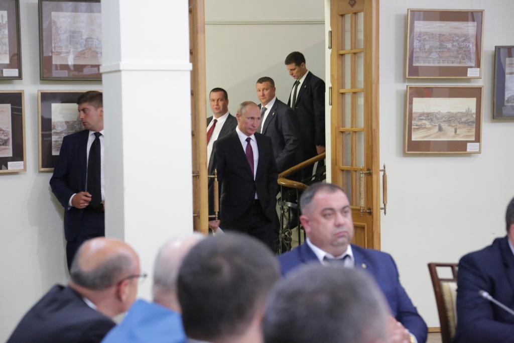Фоторепортаж: как в Кирове прошел совет с участием Владимира Путина