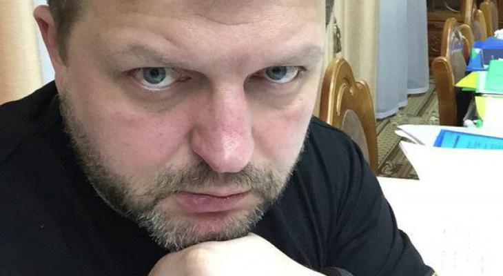 В СИЗО у Никиты Белых резко ухудшилось зрение