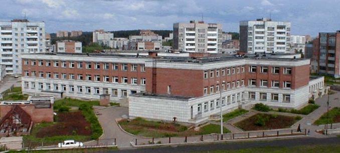 В Кирово-Чепецке обокрали многопрофильный лицей