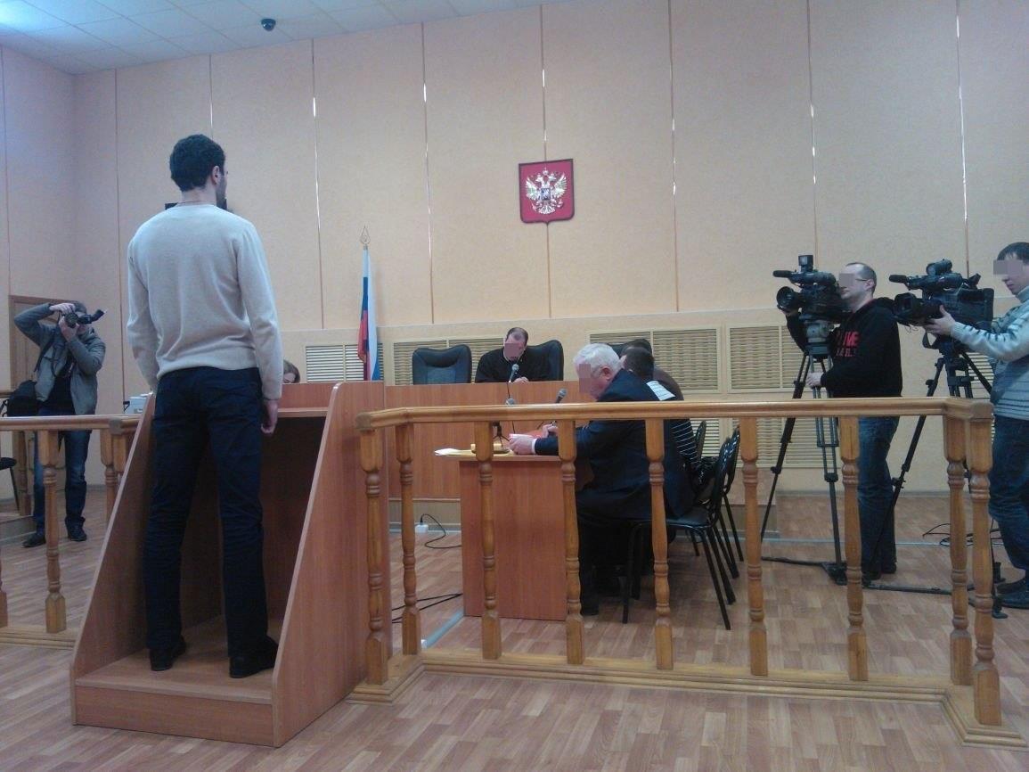 В Чепецком районе мужчина 11 раз ударил знакомого ножом