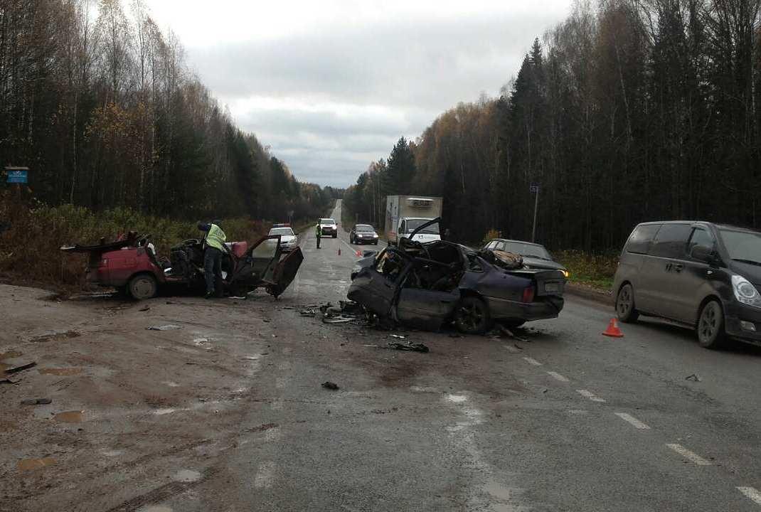 На границе с Кирово-Чепецком произошло смертельное ДТП