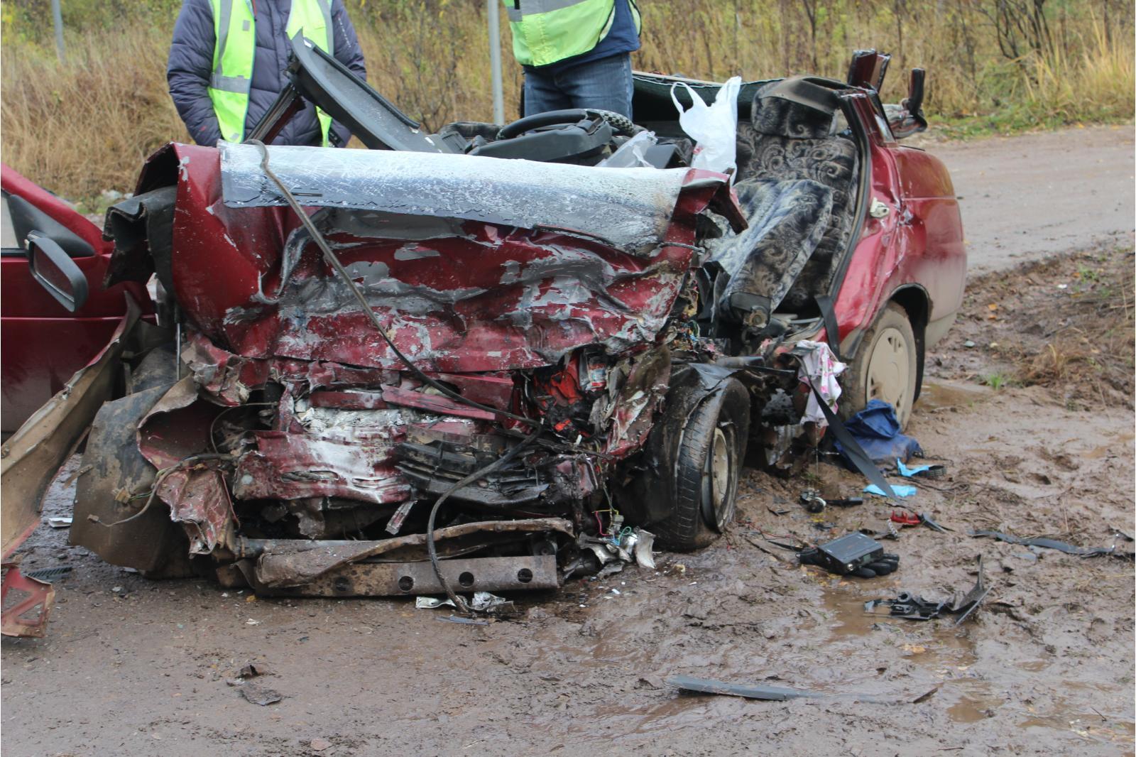 Появилось видео со смертельной аварии на границе с Чепецким районом