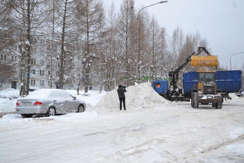 Администрация Чепецка прокомментировал ситуацию с уборкой снега