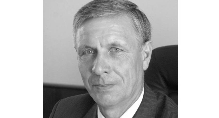 В Кирове умер депутат Законодательного собрания Василий Сураев