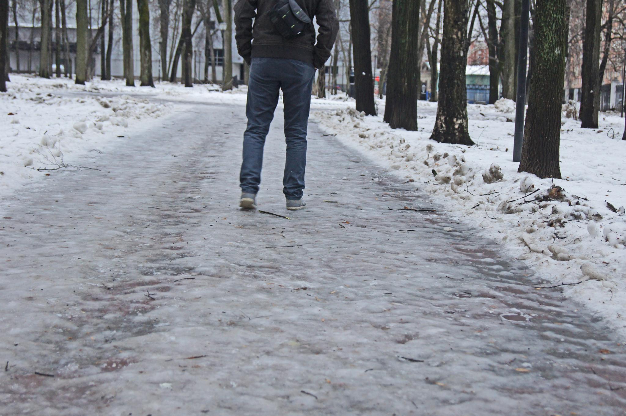 Чепчане могут пожаловаться на гололед на дорогах и тротуарах