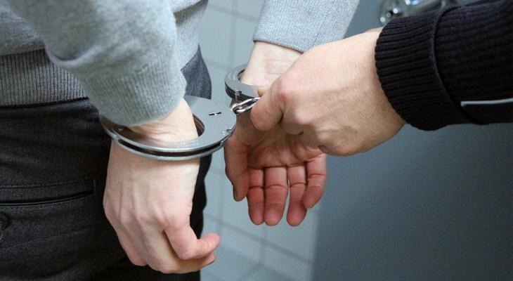 В Кирове задержали двоих чепчан, которые делали закладки с наркотиками
