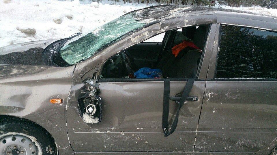 В Чепецке ищут очевидцев аварии, в которой перевернулась LADA  Kalina