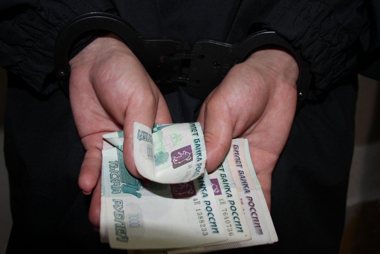 В Чепецке на девушку завели уголовное дело за ночную продажу алкоголя