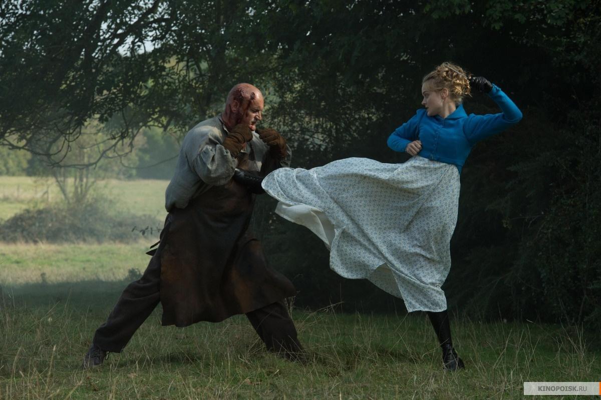 """Топ кино на выходные: """"Крякнутые каникулы"""" и девушки против зомби"""
