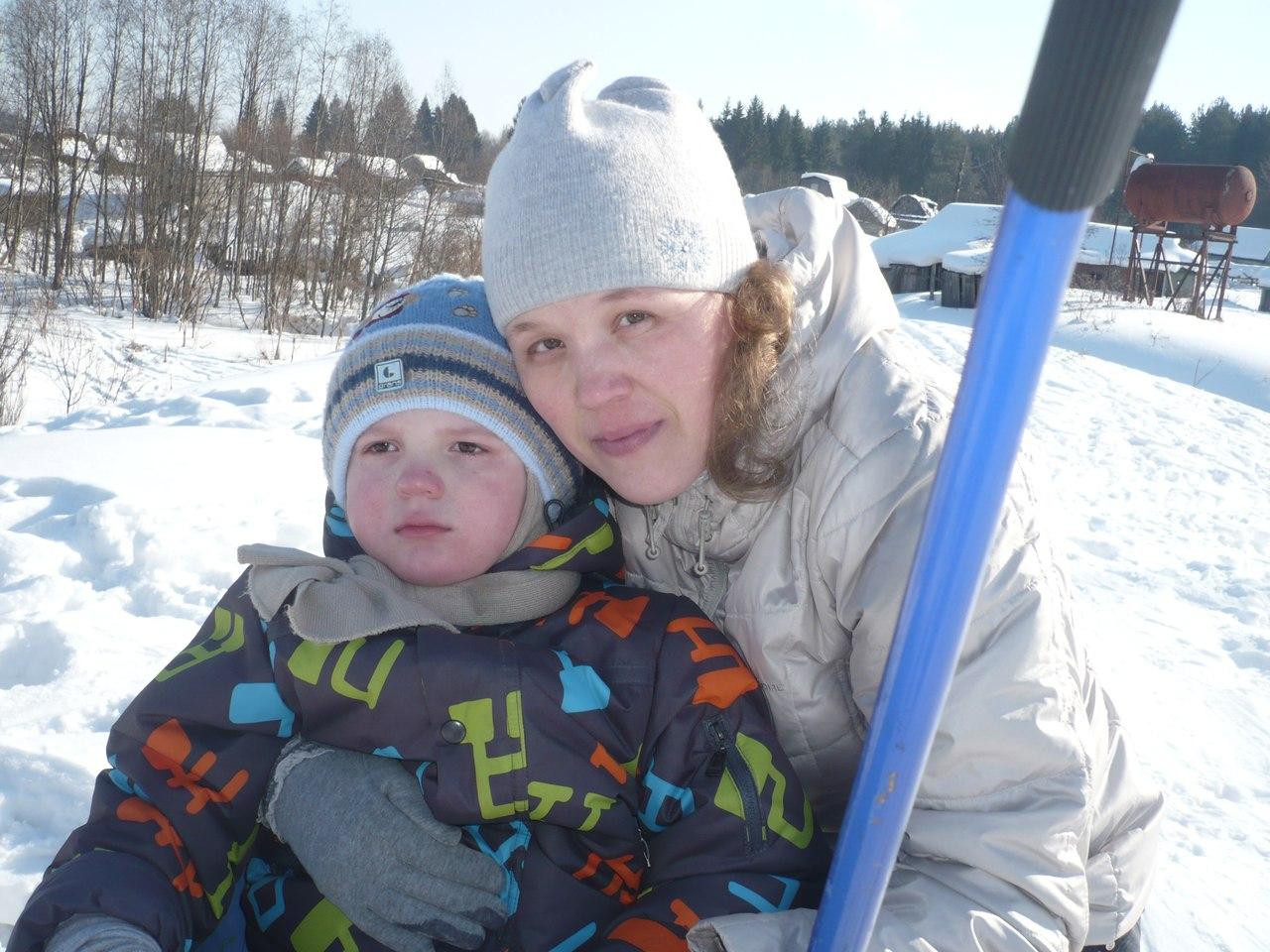Из-за редкой болезни 6-летний Матвей из Слободского не ходит и не говорит