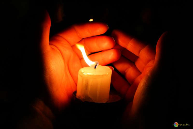 28 марта в России объявили днем траура