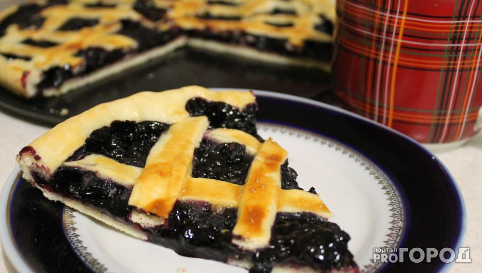Черничный пирог: вкусная и красивая выпечка к чаю