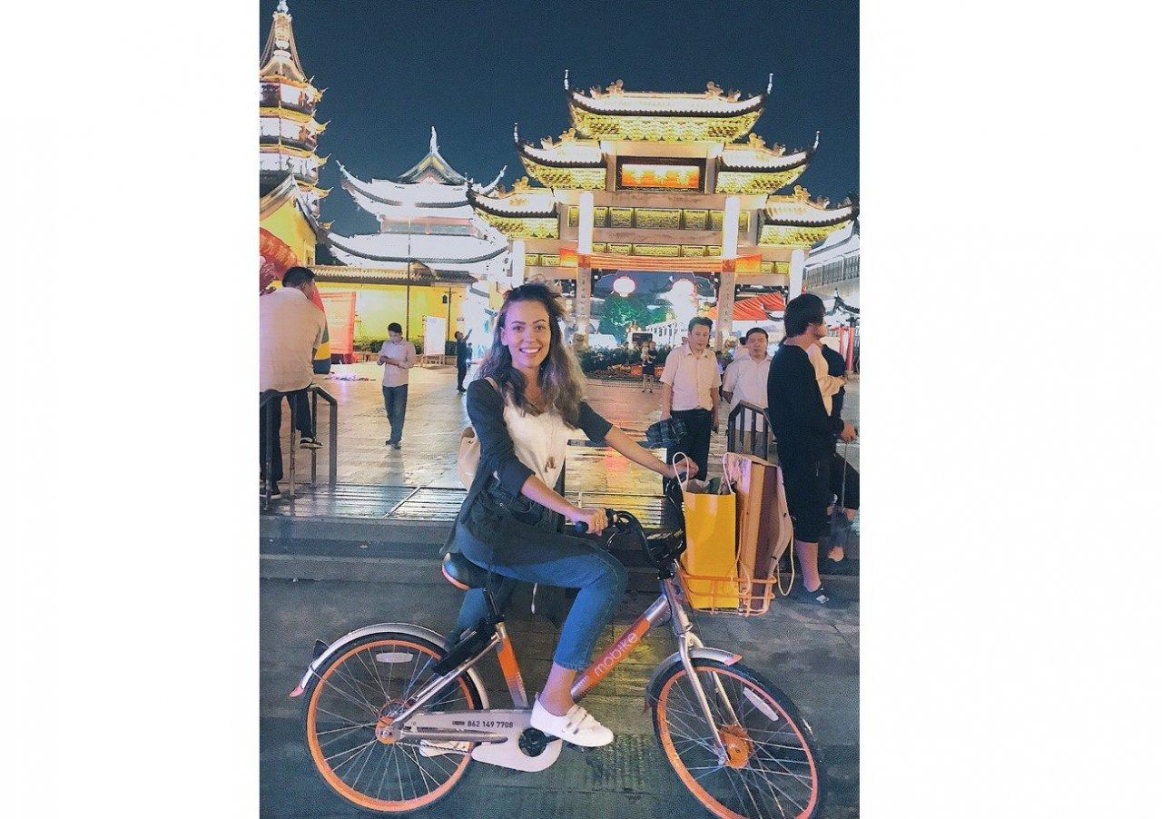 Чепчанка о жизни в Китае: «Китайцы восхищаются моей внешностью и фотографируются со мной»