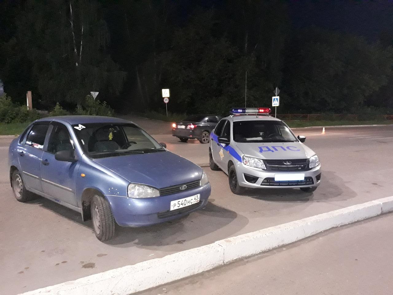 Неустановленный водитель в Чепецке сбил подростка: у мальчика ушибы и переломы