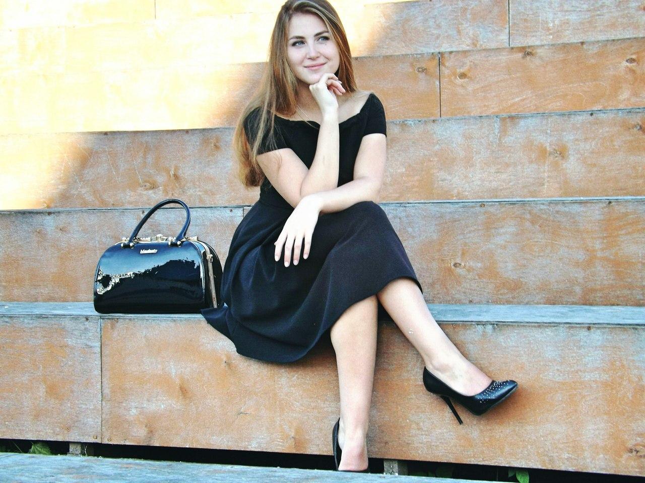 Работа девушке моделью кирово чепецк предложение девушке на работе