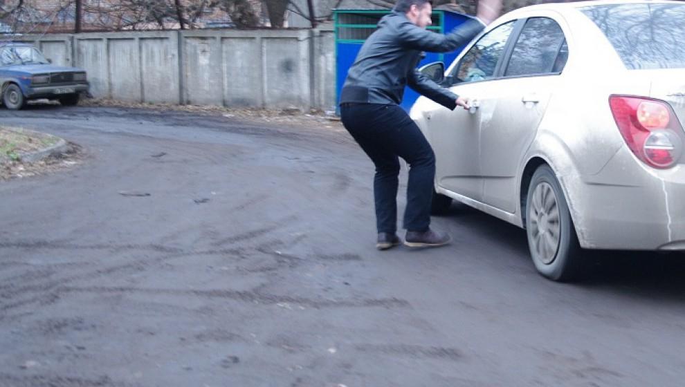 Пьяный житель Чепецка угнал у приятеля машину и устроил ДТП