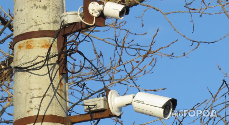 На Вятской набережной Кирово-Чепецка установили камеры видеонаблюдения