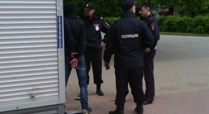 В Кирово-Чепецке полицейские задержали подозреваемого в вымогательстве