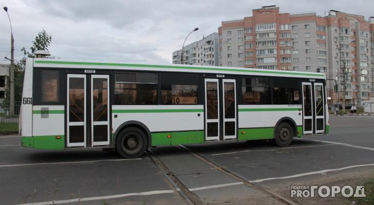 Чепецкие автоинспекторы проверят, как водители автобусов соблюдают правила