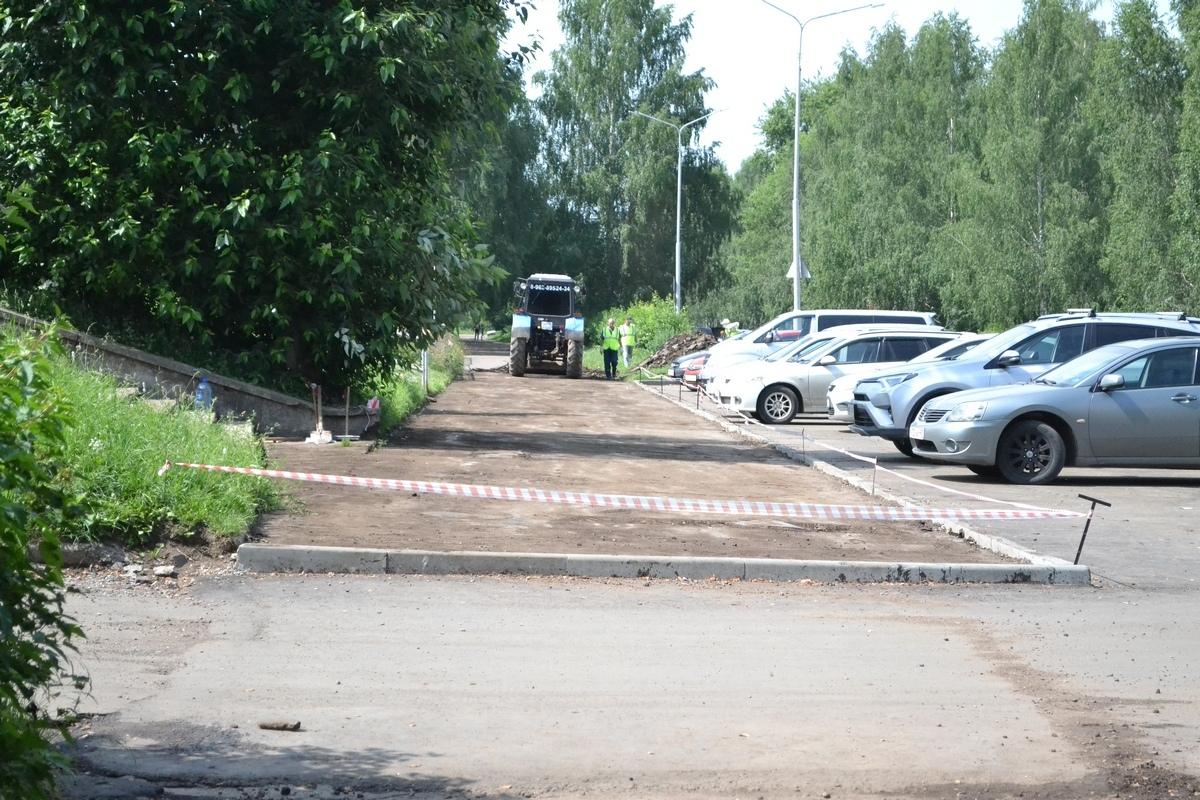 Чепецку нужны 500 миллионов на ремонт  всех городских тротуаров