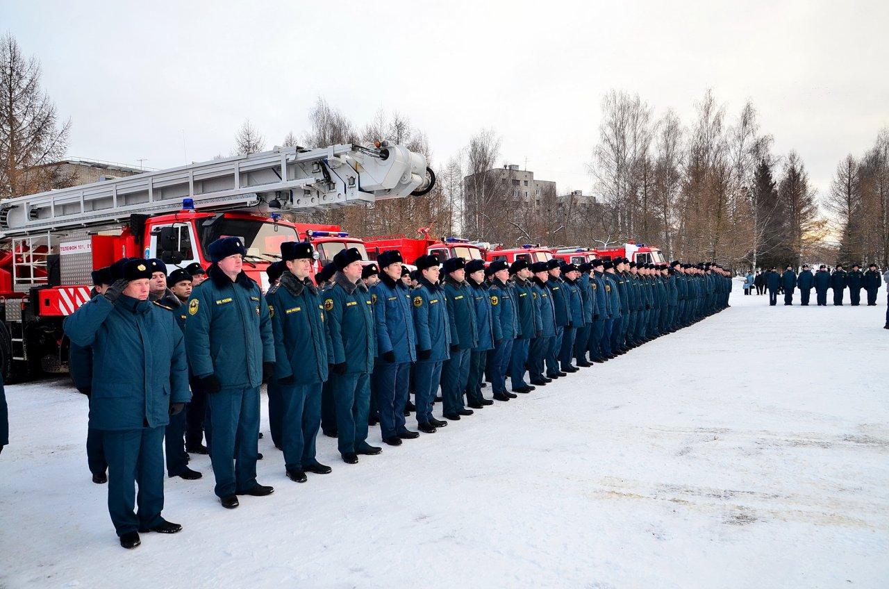 «УРАЛХИМ» поздравил Специальное управление ФПС №16 МЧС России с 70-летием