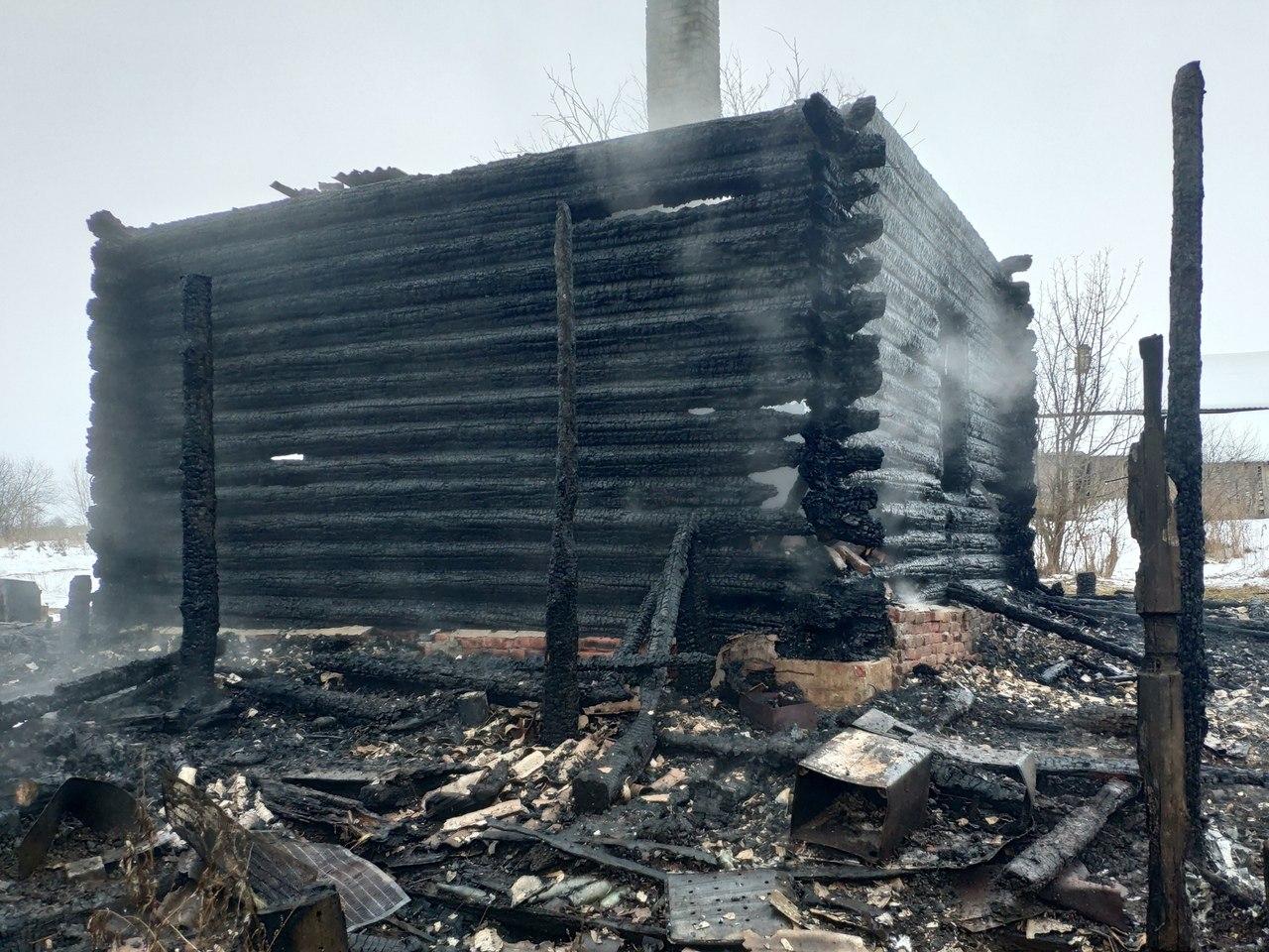 В Чепецком районе сгорел жилой дом