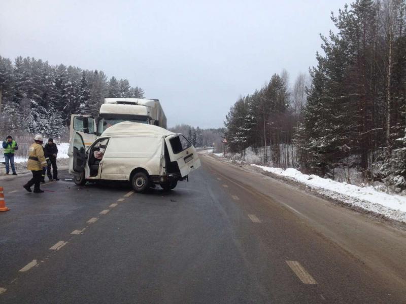 В ДТП в Кировской области погибли 3 человека