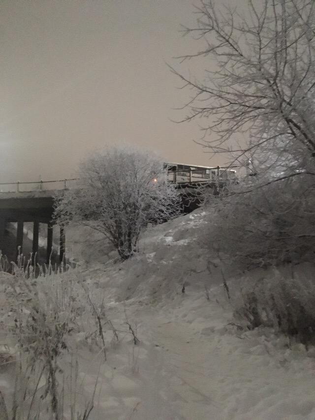 В Чепецке на мосту столкнулись автобус и маршрутка: движение перекрыто