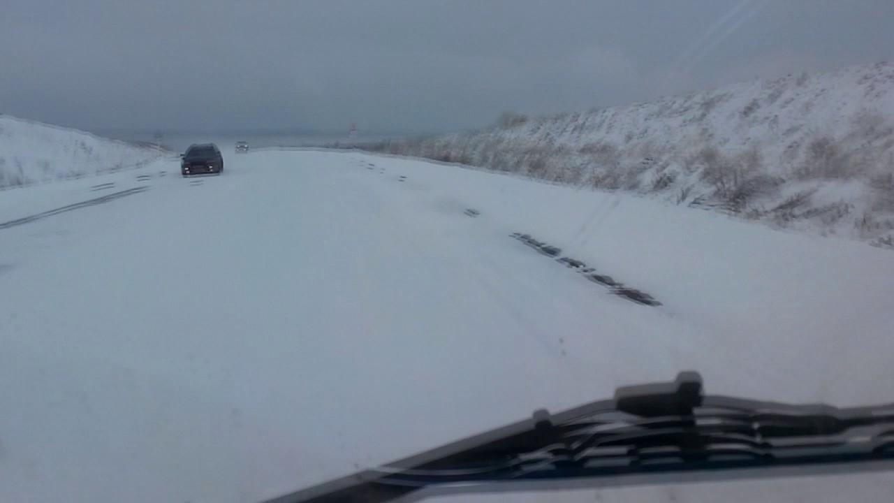 Жителей двух деревень в Кирово-Чепецком районе отрезало от райцентра снегопадами