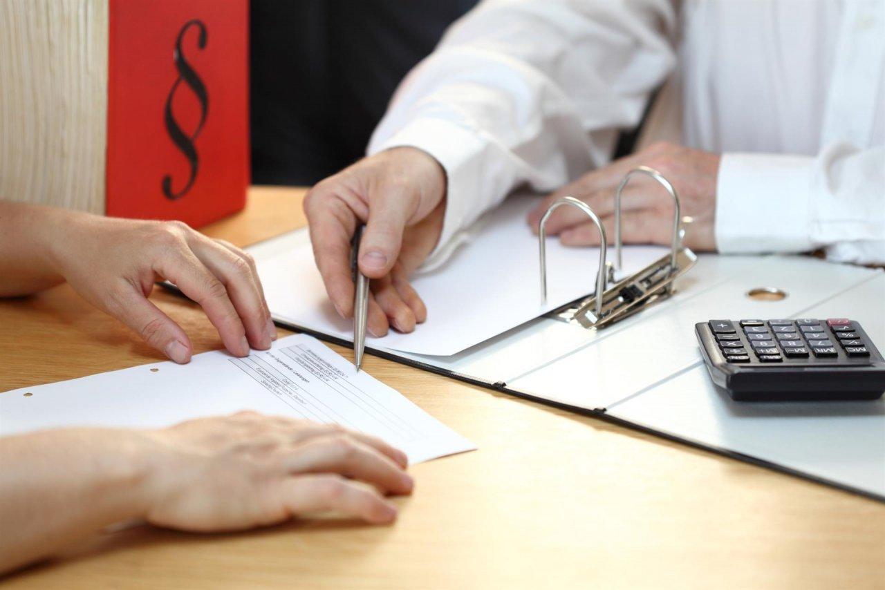 Повышение ставок по кредиту: что делать, если банк поднял процент за выданный кредит?