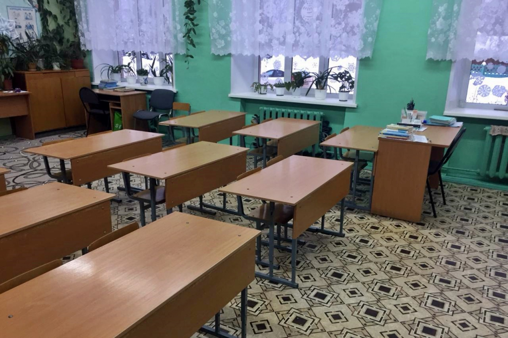 Директор школы в Чепецке не сообщил об изнасиловании в полицию, чтобы не лишиться премии