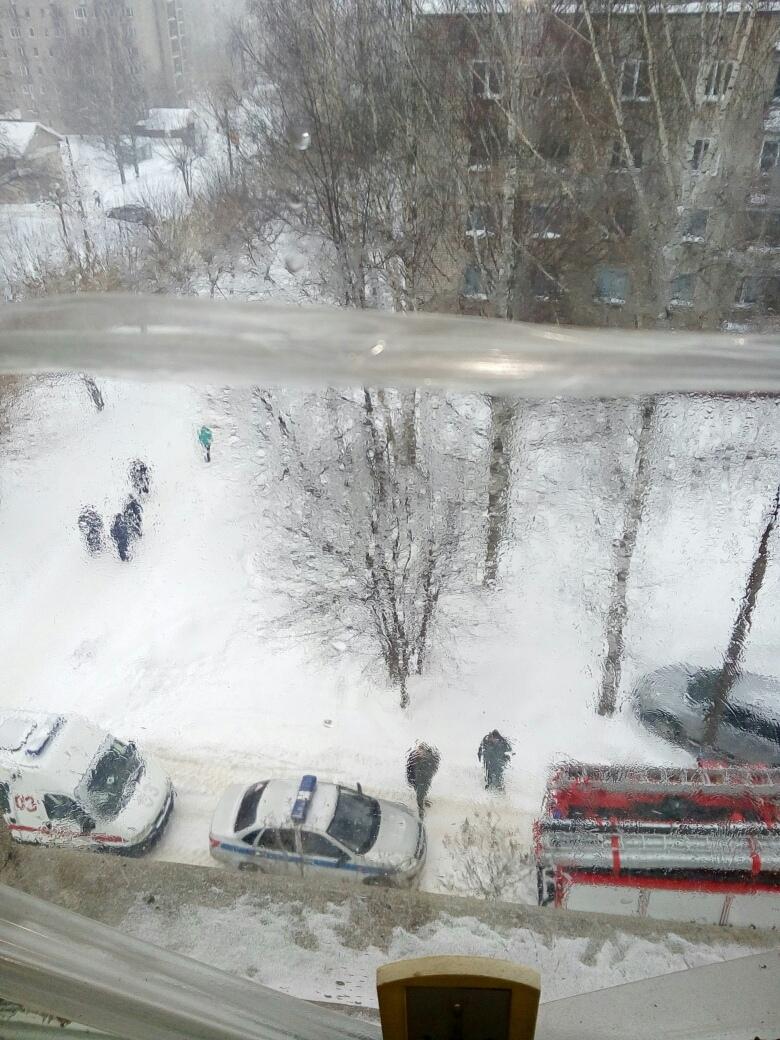 В Чепецке на проспекте Кирова произошел пожар в пятиэтажке