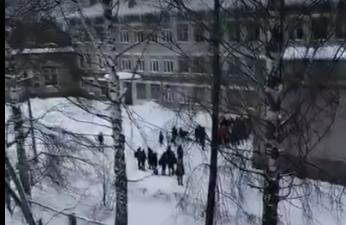 В УМВД рассказали, грозит ли наказание ученику за распыление газового баллона в чепецкой школе