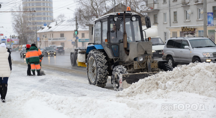 В Кирово-Чепецке двух подрядчиков оштрафовали за вывоз снега
