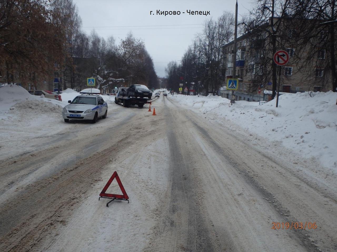 В Кирово-Чепецке автомобиль сбил мальчика, который перебегал дорогу по зебре