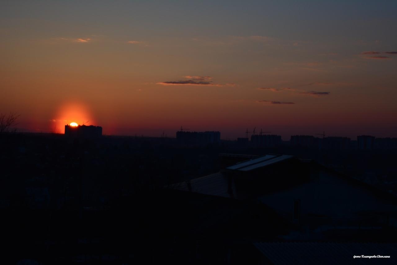 В понедельник жители Кировской области наблюдали красивое небесное явление - пыльцевую корону