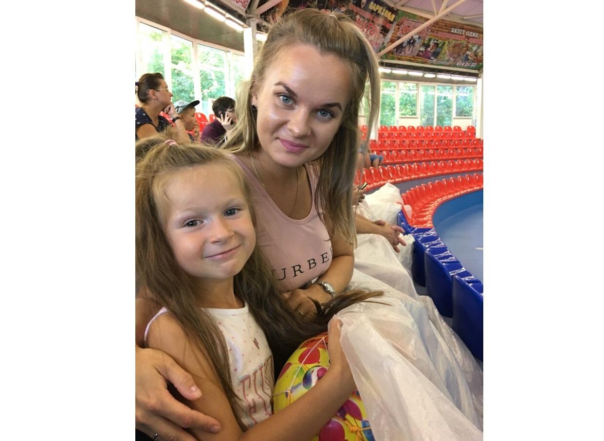 Мама юной модели из Чепецка: «Не все знакомые понимают, что детям могут дать в школе моделей»