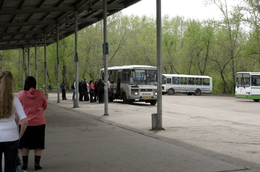 В Кирово-Чепецке проверили выхлопы автобусов: найдены нарушения