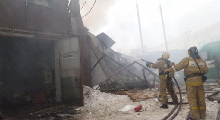 В Чепецком районе из-за неисправной печки вспыхнул гараж