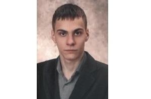 В Чепецке с декабря ищут 22-летнего парня: волонтеры просят откликнуться проезжавших водителей