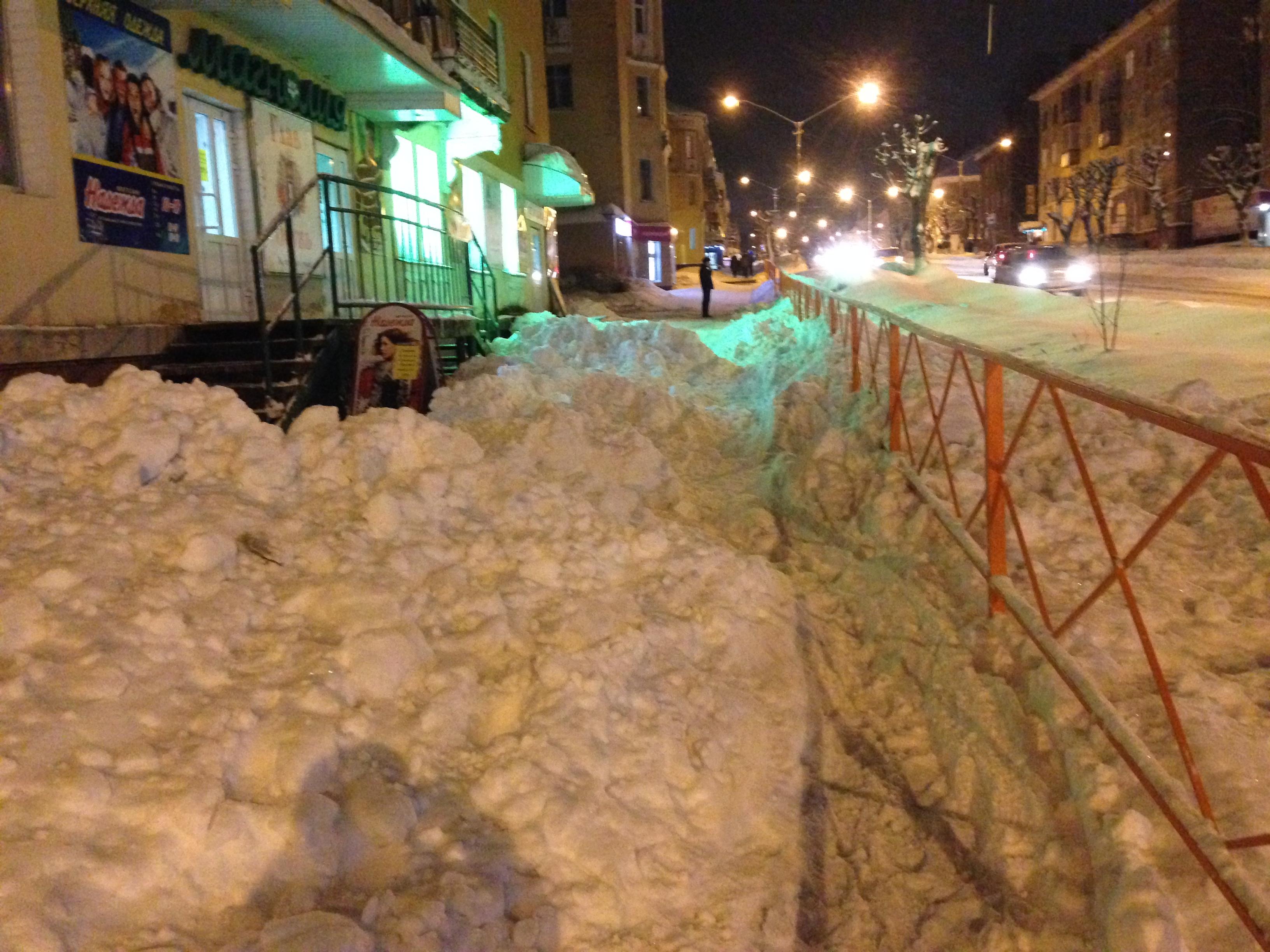 В Чепецке не чистят тротуары