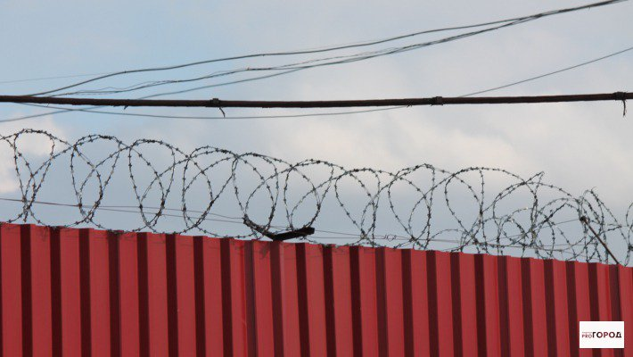 В Кировской области осужденный из колонии съездил в отпуск
