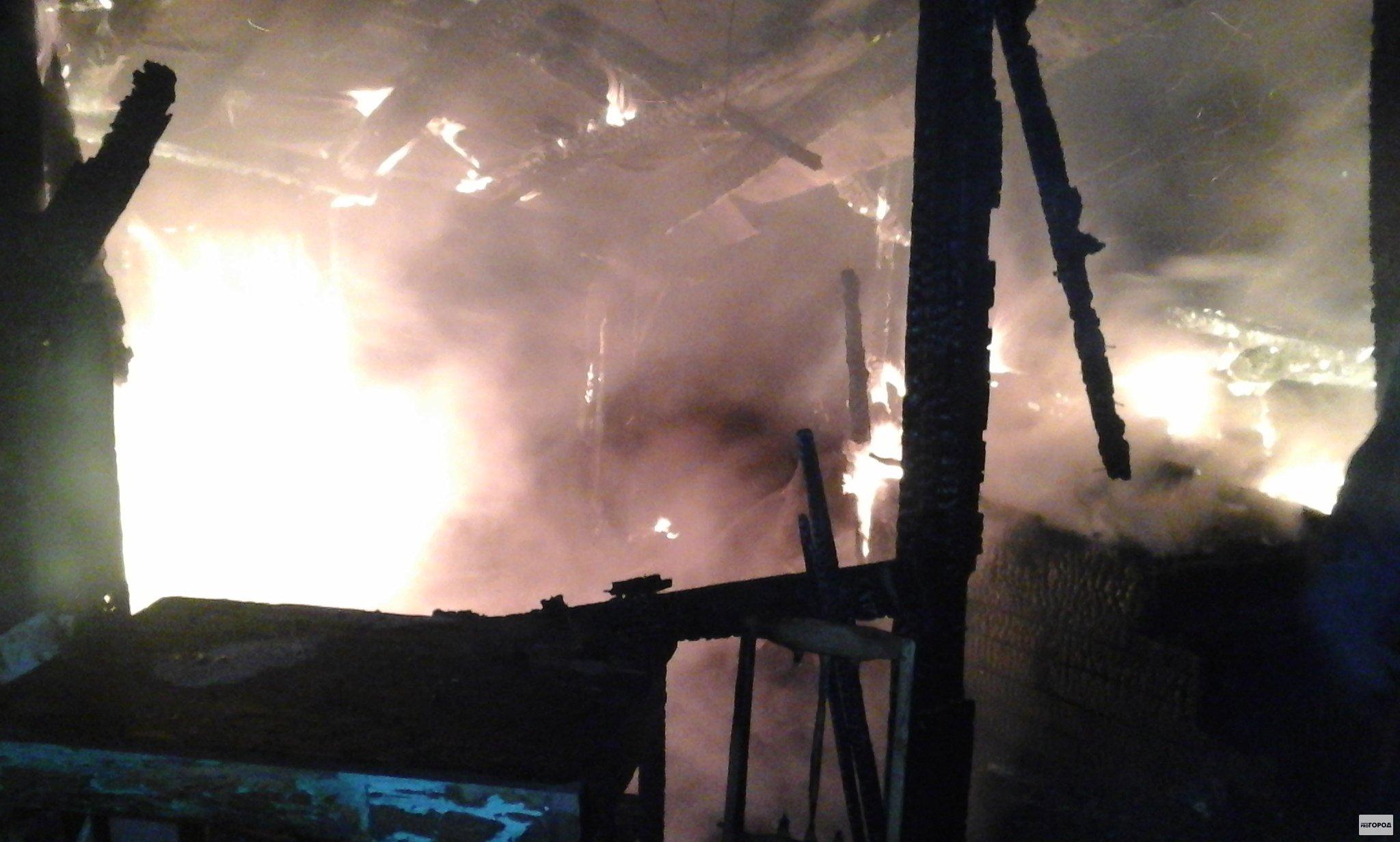 Пожар в Кирово-Чепецке: сгорел жилой дом и все имущество хозяев