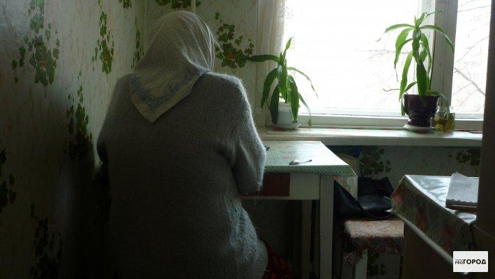 Чепецкая пенсионерка обезвредила преступника клюкой