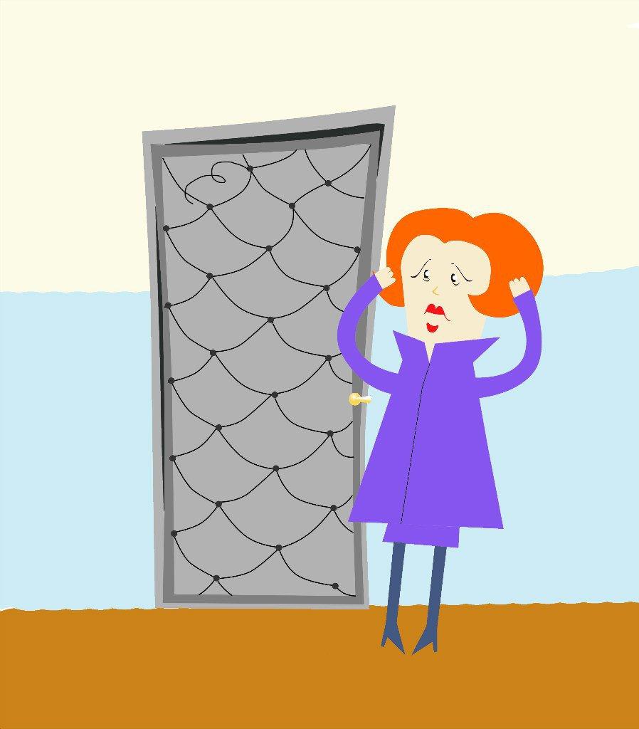 Чепчанка оставила без входной двери квартиру, из которой ее выселили
