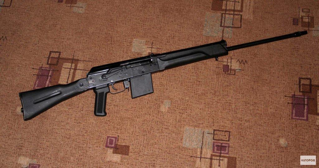В Кировской области двое охотников выстрелили в своих напарников из карабинов
