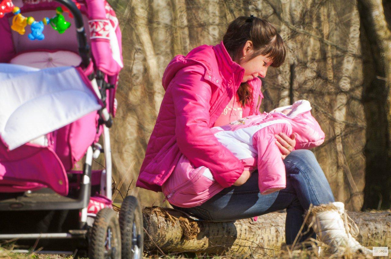 Безответственная кировчанка оставила свою пятимесячную дочь няне и исчезла