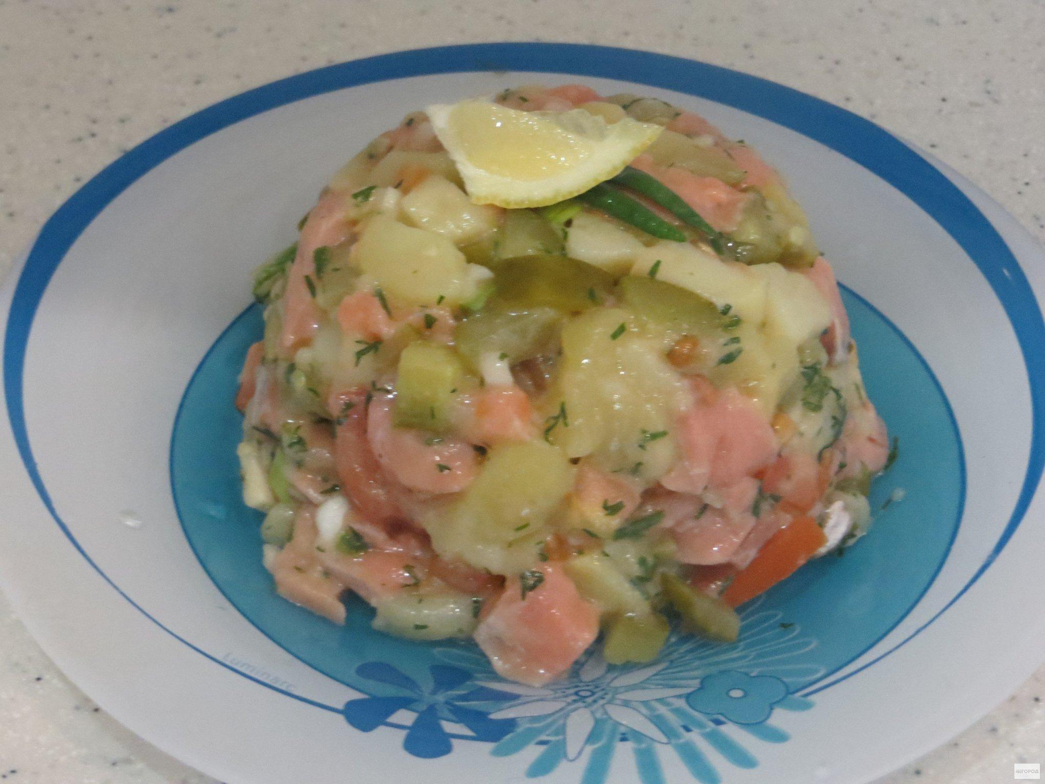 Рецепт дня: салат из семги