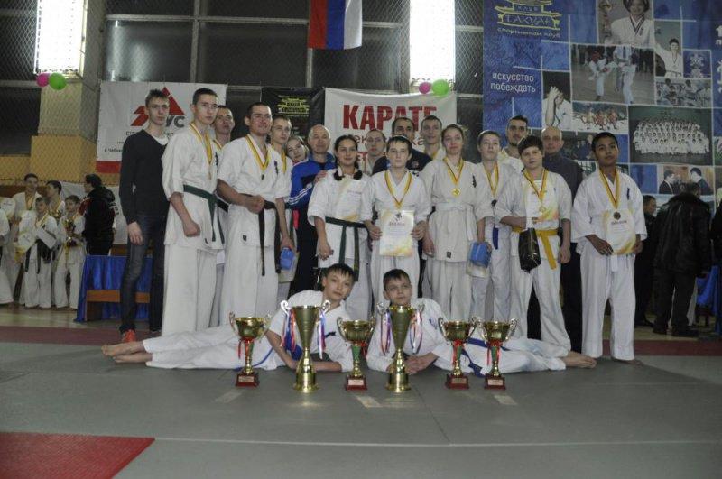 Кирово-Чепецкие каратисты привезли медали с первенства страны